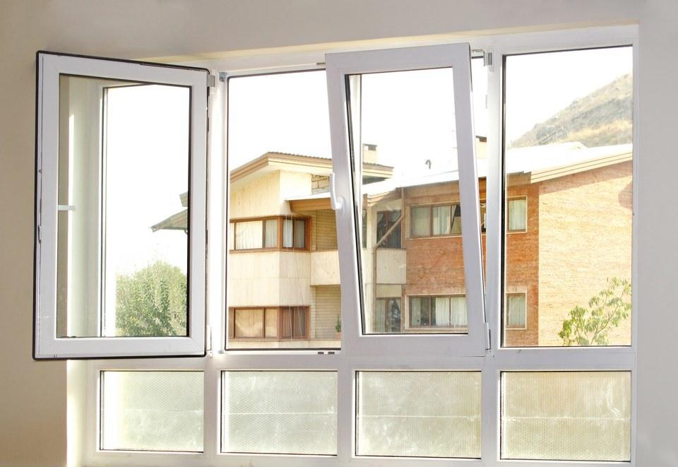 پنجره دوجداره دوحالته